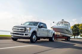 ford earthroamer xv hd 2018 ford super duty can now tow up to 15 422 kg motor trend canada