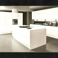 plan de travail cuisine blanc laqué cuisine blanche avec plan de travail noir cuisine blanche