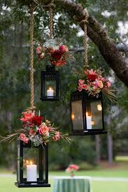romantic wedding decoration ideas with mason jars and lanterns