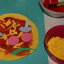 wafflemama kids craft time making paper pizzas