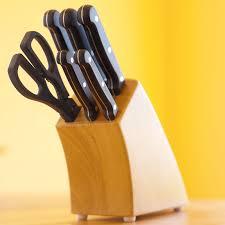 article de cuisine les 5 ustensiles de cuisine indispensables pour être un chef