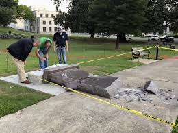 Arkansas Does Time Travel Exist images Arkansas 39 ten commandments monument lasted less than 24 hours jpg