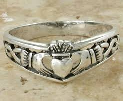 claddagh ring meaning two golden rings claddagh ring meaning claddagh ring meaning