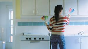 what is the proper way to paint kitchen cabinets how to spray paint kitchen cabinets