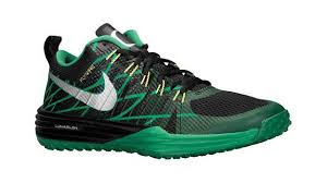 how do i find best black friday online deals for runnung shoes the 10 best black friday sneaker deals complex
