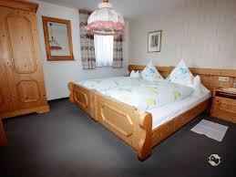 Schlafzimmer Fotos Rathäusle Titisee Neustadt Lhs04408 Fewo Direkt