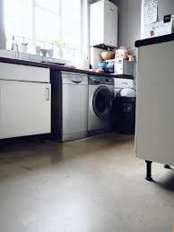 Kitchen And Bathroom Laminate Flooring Fitting Laminate Flooring In The Kitchen And Bathroom U2014