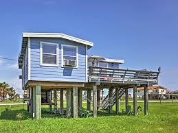 2br freeport beach house near surfside beach surfside beach