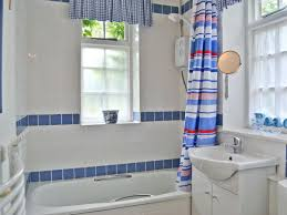Yarmouth Blue Bathroom Woodcarvers Cottage Ref P13 In Wellow Near Yarmouth Isle Of