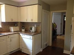Painting Kitchen Cabinets With Chalk Paint White  Gorgeous - Painting kitchen cabinets white with chalk paint