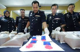 5 pengedar ditahan 870 biji pil kuda diras kes berita harian