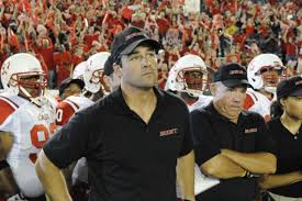 friday night lights complete series catch 22 kyle chandler takes over george clooney s role today s