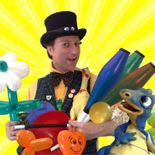 clown entertainer for children s kids party entertainer award winning childrens entertainers for tourist attractions