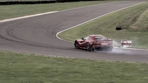 Ferrari F12 On Track - video chris harris goes drifting in a ferrari f12 berlinetta