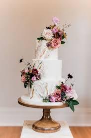 wedding cake photos 1730 best wedding cakes images on cake wedding conch