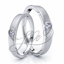 matching wedding rings for him and wedding ring sets for him with lifetime warranty