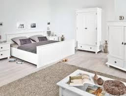 weiße schlafzimmer schlafzimmer komplett einrichten und gestalten bei betten de