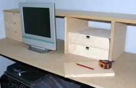 étagère à poser sur bureau fabrication d étagères de bureau pour un ado trucs et deco