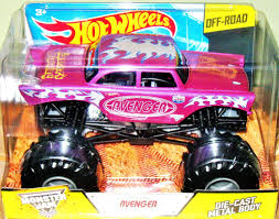monster truck race track toys amazon com wheels monster jam 1 24 scale avenger vechicle