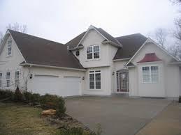 landscaping a u shaped house any ideas