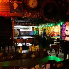 round table grand lake the alley 101 photos 394 reviews dive bars 3325 grand ave