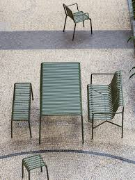 Modern Garden Table And Chairs Outdoor Furniture Metal Lawn Chairs Made Modern Gardenista