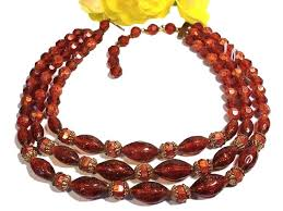 bead necklace jewellery images Choose jewels to compliment hot vintage necklace sets and jewelry jpg
