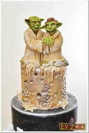 yoda cake topper this yoda wedding cake is out of this world between the pages