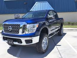 nissan titan for sale by owner 2017 nissan titan 4x4 sv crew cab pickup 4 door 5 6l