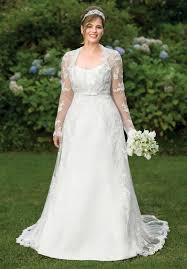 wedding dresses second brides one of the common clothings that take more attention from the
