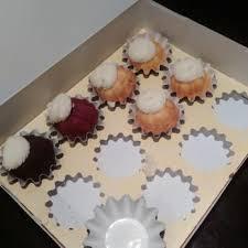 nothing bundt cakes 23 photos u0026 31 reviews desserts 2525 e