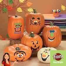 De 25 bedste idéer inden for Pumpkin decorating kits on Pinterest