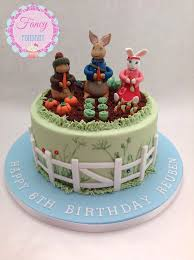 634 best beatrix potter cakes images on pinterest peter rabbit