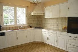 comment repeindre une cuisine en bois comment peindre des meubles de cuisine stunning cuisine comment