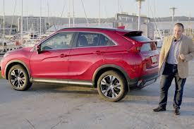 mitsubishi eclipse mitsubishi eclipse cross 2018 review carsguide
