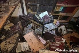 chabad books damage and as 75 000 return home from raging fires in