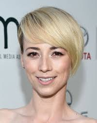 margo revenge hairstyles 21 best hair images on pinterest pixie cuts hair cut and