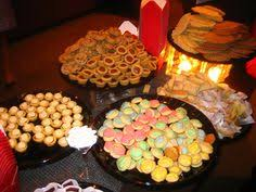 wedding cookie table ideas the cookie table diy reception ideas reception cookie table