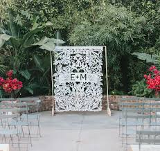 wedding backdrop grass wedding photo booth backdrop ideas