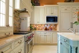 Impressive Kitchen Backsplash With Travertine Tiles Ideas - Country kitchen tiles backsplash