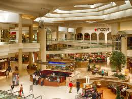 black friday shopping local mall major retailer hours