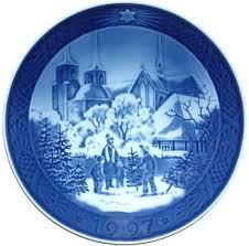 royal copenhagen annual decorated plate