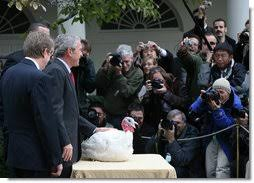 president bush pardons may and flower in national thanksgiving