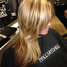 blonde hair with caramel lowlights might only best for those with
