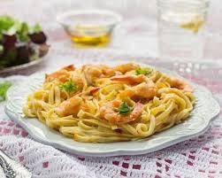 cuisiner avec du lait de coco recette one pot pasta aux crevettes et lait de coco facile rapide