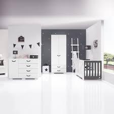 chambre bébé avec lit évolutif chambre bébé big de alondra chambre bébé moderne avec lit