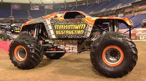 how long does a monster truck show last monster jam party in the pits youtube