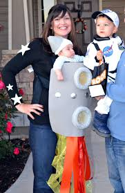 12 ideas to turn your baby carrier into a great halloween costume