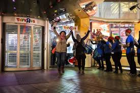 toys r us best black friday deals shoppers flock to nyc stores early for black friday deals ny