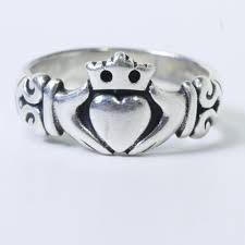 avery claddagh ring 5g sterling silver avery adorned claddagh ring property room